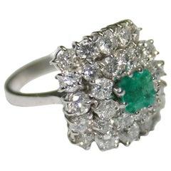 18 Karat White Gold Ladies 2.50 Carat Diamond 0.75 Carat Colombian Emerald Ring
