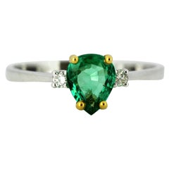 18 Karat White Gold Ladies Ring with Natural Emerald and Diamonds, 1970s