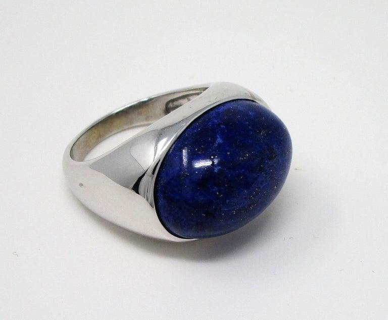 18 Karat White Gold Lapis Lazuli Ring For Sale 3