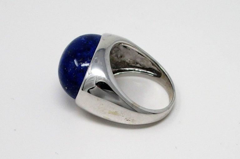 18 Karat White Gold Lapis Lazuli Ring For Sale 4