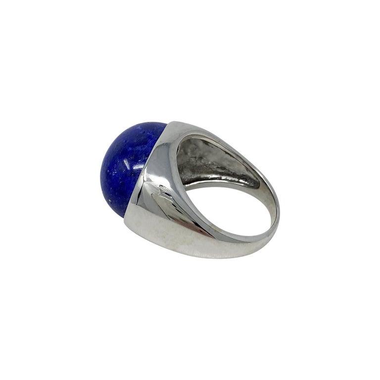 18 Karat White Gold Lapis Lazuli Ring In Good Condition For Sale In Dallas, TX