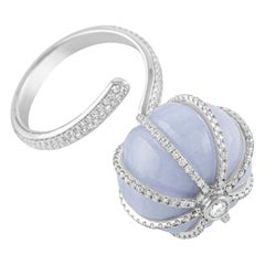 18 Karat White Gold Lavender Agate and Diamond Cocktail Ring