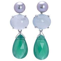 18 Karat White Gold Light Blue Topaz Green Agate Contemporary Design Earrings
