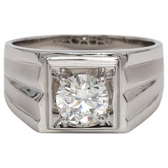 18 Karat White Gold Men's Wedding Diamond Signet Style Ring with 1.02 Carat GIA