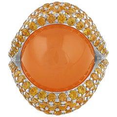 18 Karat White Gold Moonstone Ring