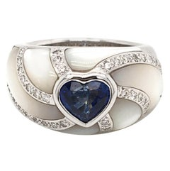 18 Karat White Gold Mother of Pearl and Sapphire Ring, Made in Italy