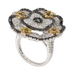 18 Karat White Gold Multi Diamond Flower Ring