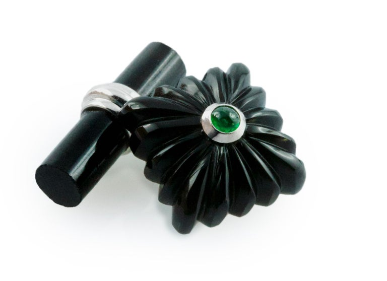 Women's or Men's 18 Karat White Gold Onyx Emeralds Carved Squared Cufflinks For Sale