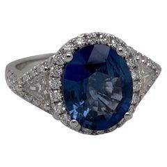 18 Karat White Gold Oval Ceylon Sapphire & Diamond Ring  3.96 Carats