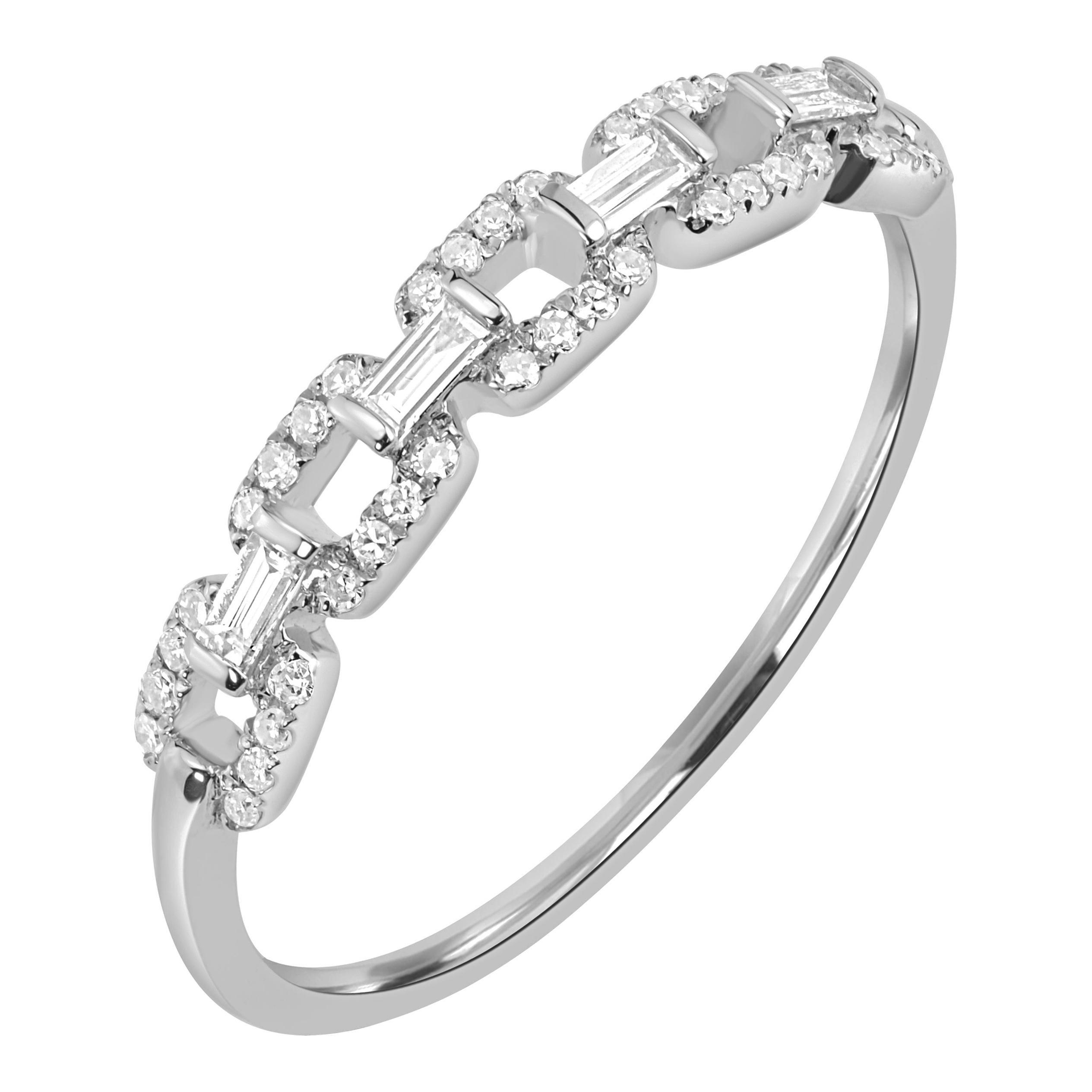 18 Karat White Gold Pave Diamond Link Band Ring