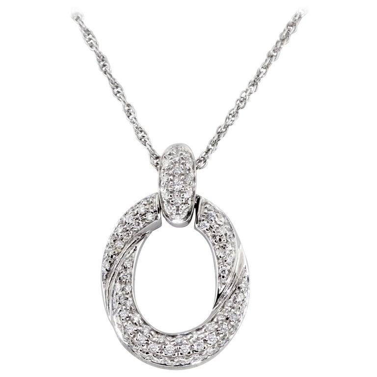 18 Karat White Gold Pave Diamond Link Pendant Necklace For Sale