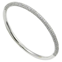 18 Karat White Gold Pavé Diamonds Garavelli Bangle Bracelet