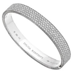 18 Karat White Gold Pave Set Diamond Bracelet, M8W