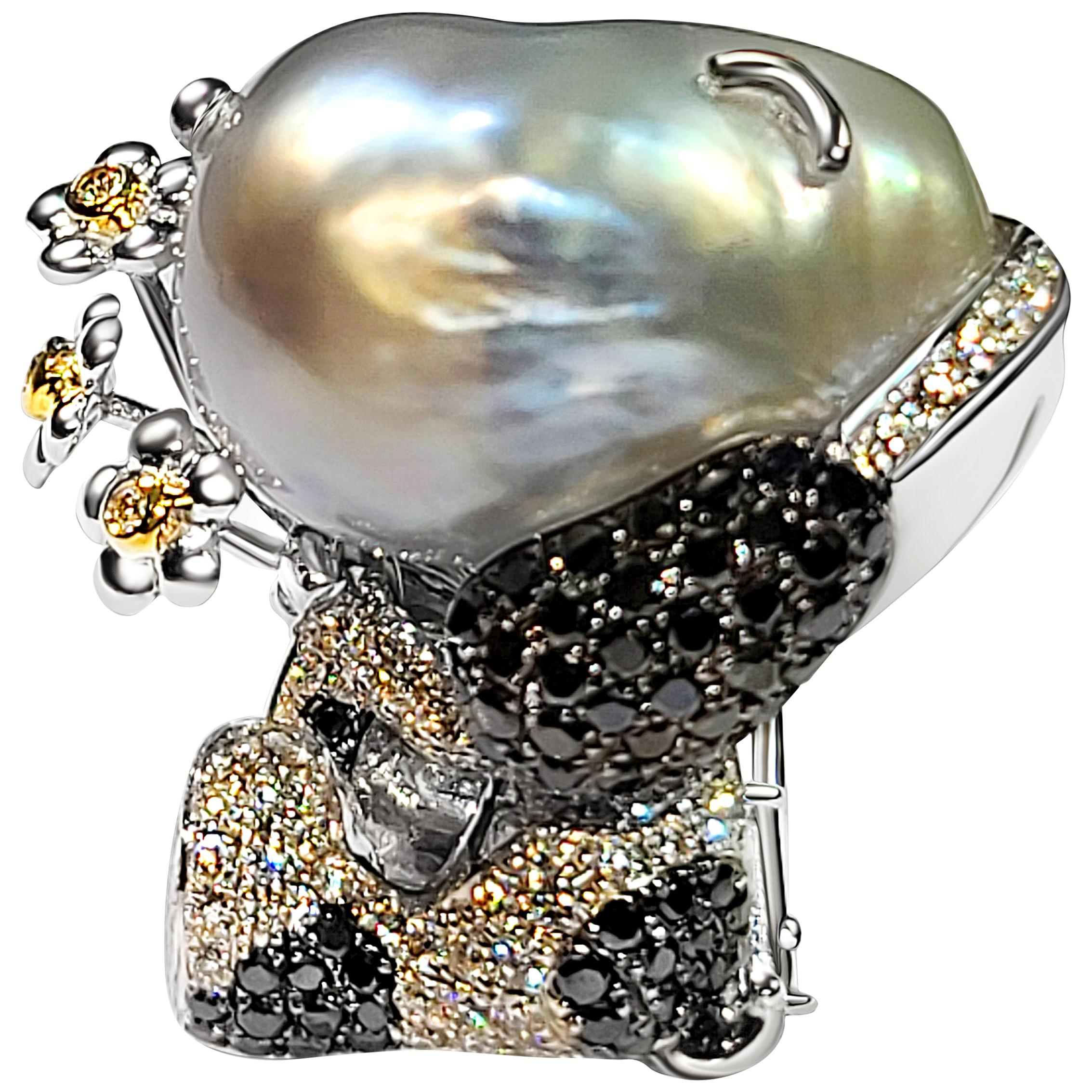 18 Karat White Gold Pearl and Diamond Pendant Brooch