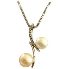 18 Karat White Gold Pendant, Diamonds and Pearls, Gold Necklace, Germany, 1960
