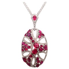 18 Karat White Gold Pendent Set with Diamonds and Ruby Made in Italy