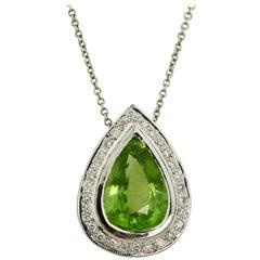 18 Karat White Gold Peridot and Diamond Pendant