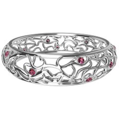 18 Karat White Gold Pink Sapphires Synergistic Bangle