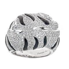 18 Karat White Gold Ring Black and White Diamond
