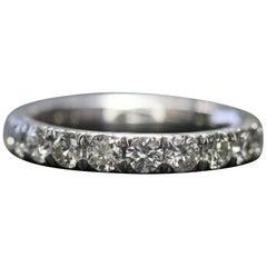 18 Karat White Gold Ring Has 17 Pieces of Round Cut Diamonds in 1.50 Carat
