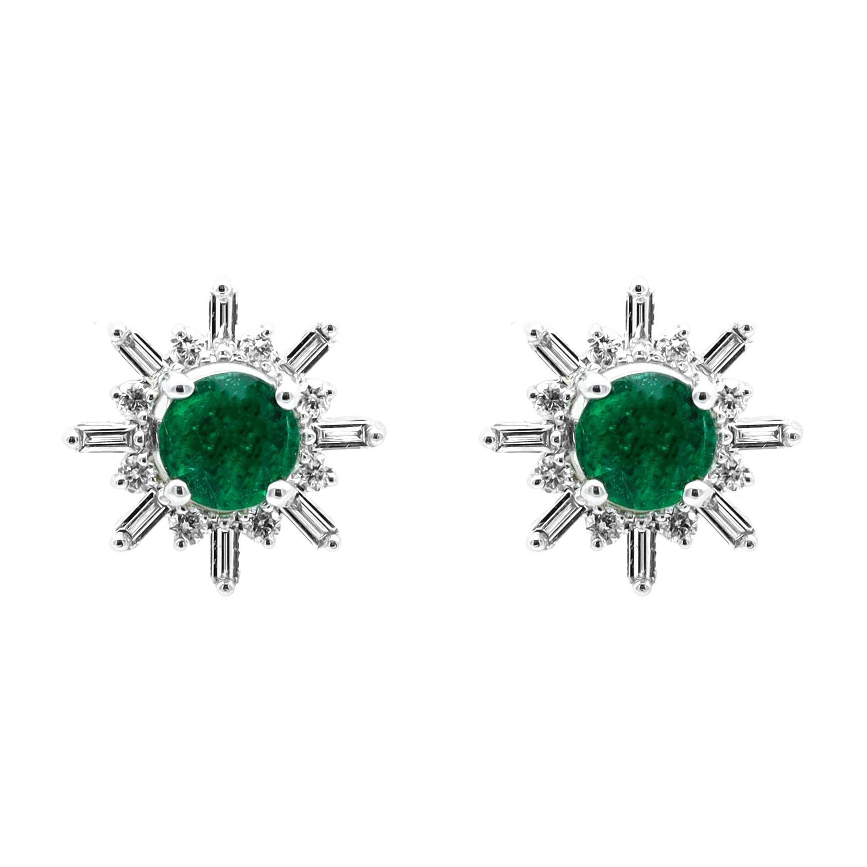 18 Karat White Gold Round-Cut Emerald and Diamond Stud Earrings