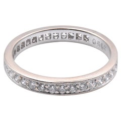 18 Karat White Gold Round Diamond Engagement Band