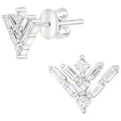 18 Karat White Gold Round Princess Cut Diamond Stud Earring