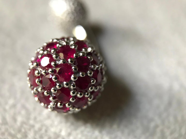 18 Karat White Gold Rubies Cufflinks In New Condition For Sale In Milano, IT