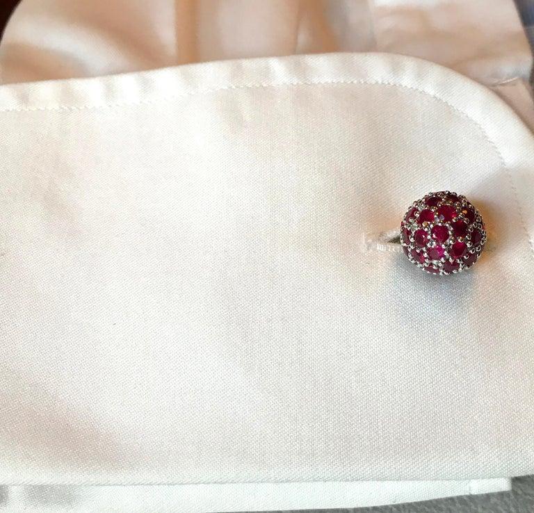 Women's or Men's 18 Karat White Gold Rubies Cufflinks For Sale