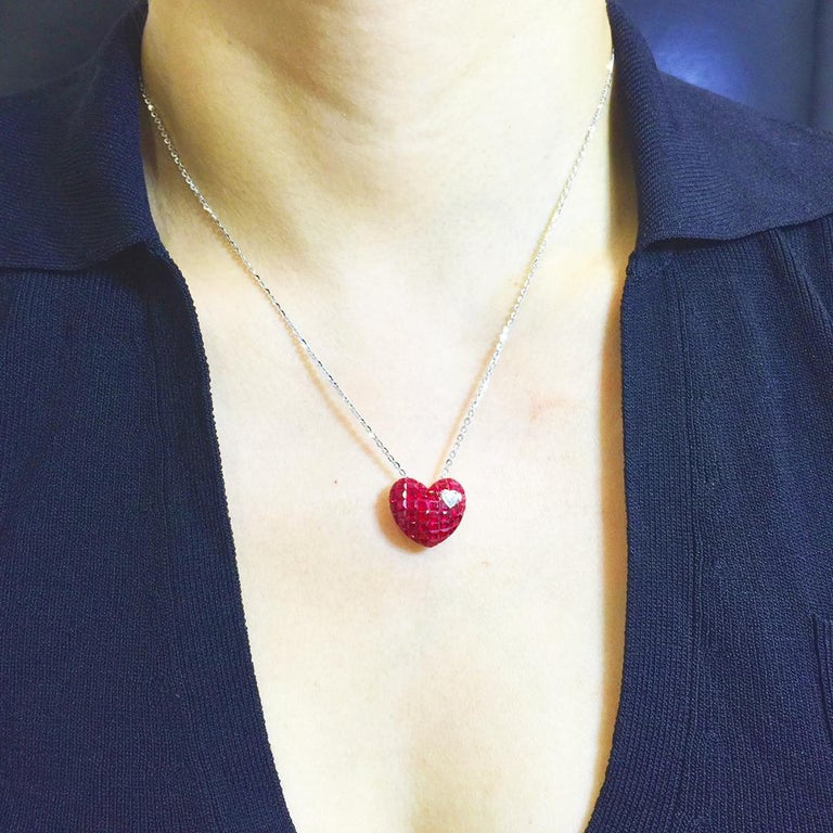 18 Karat White Gold Ruby and Diamond Heart Necklace in Invisible Setting For Sale 2