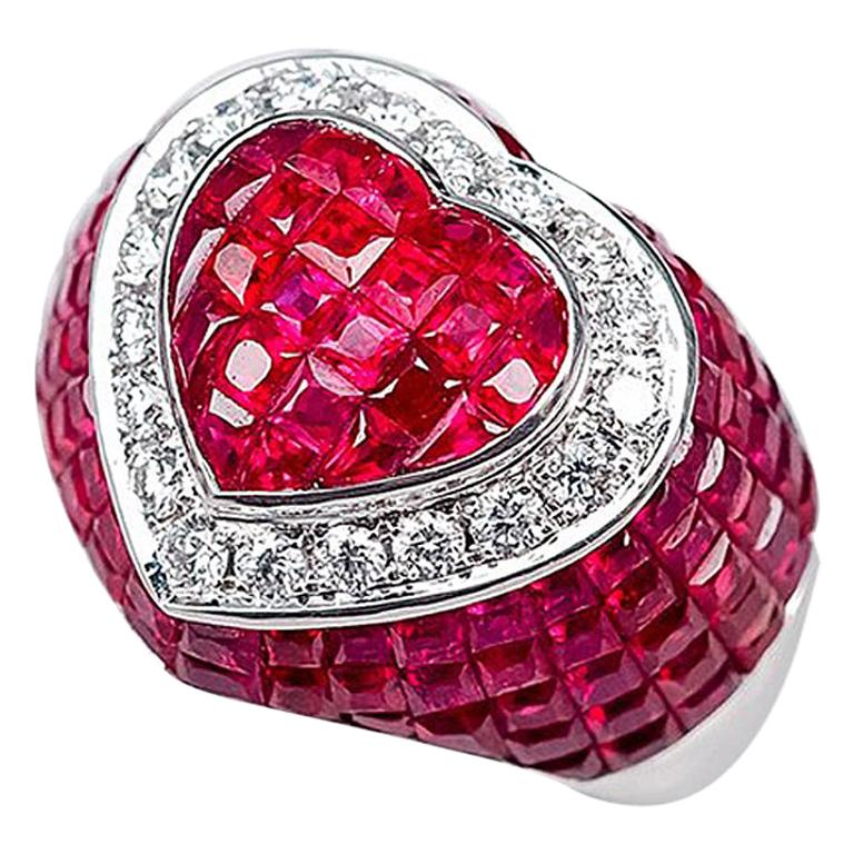 18 Karat White Gold Ruby Diamond Heart Cocktail Ring