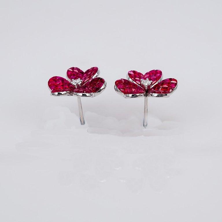 Modern 18 Karat White Gold Ruby Flower Earrings For Sale