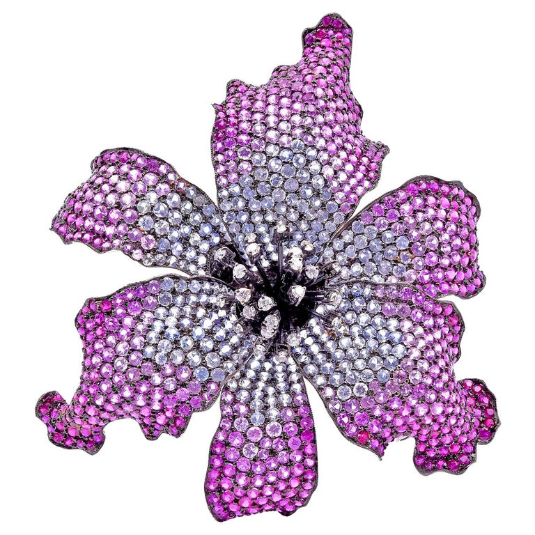 18 Karat White Gold Sapphire and Diamond Lily Broach Pendant For Sale