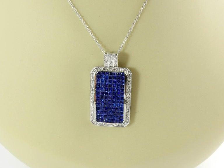 18 Karat White Gold Sapphire and Diamond Pendant For Sale 2