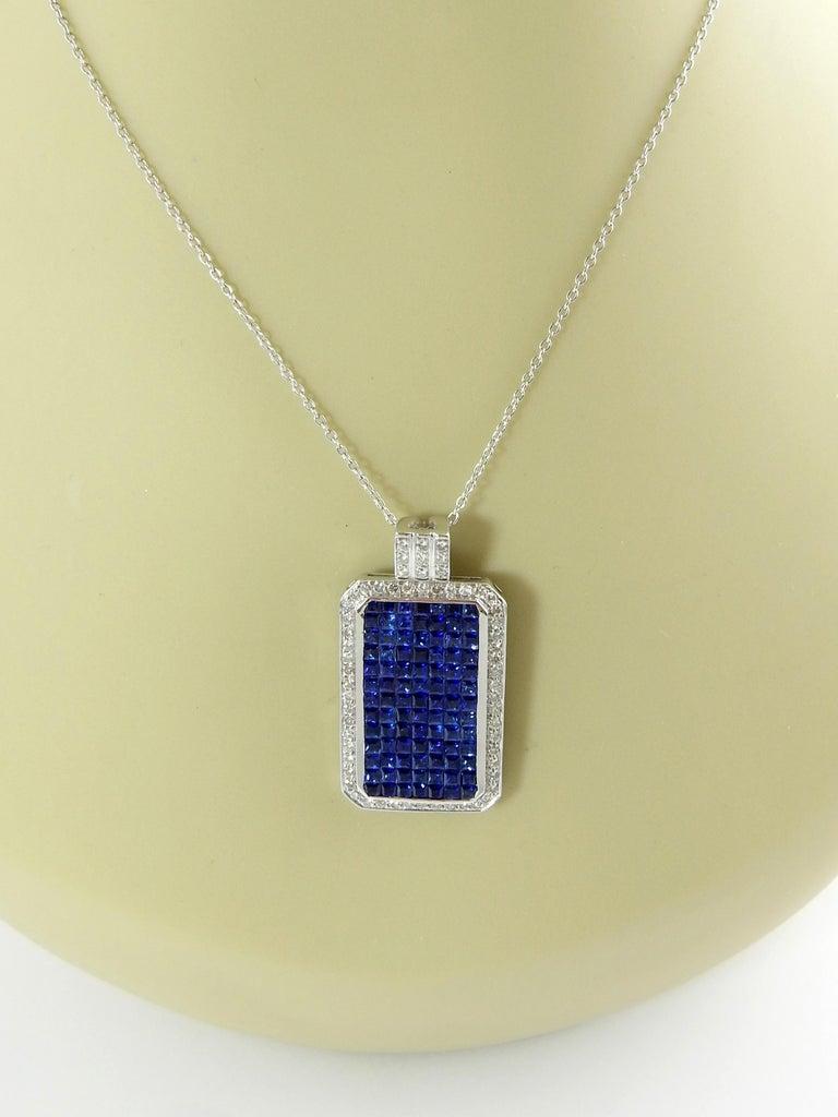 18 Karat White Gold Sapphire and Diamond Pendant For Sale 3