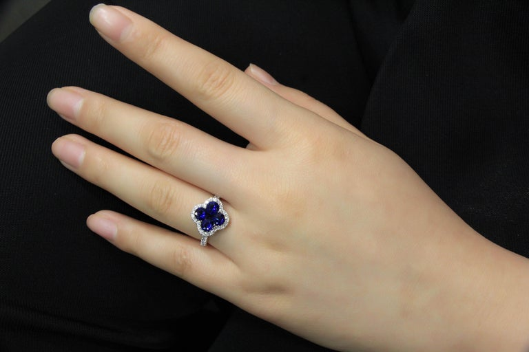 Women's 18 Karat White Gold Sapphire and Diamond Ring For Sale