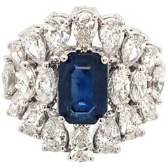 18 Karat White Gold Sapphire and Diamond Ring Made in Italy with Box
