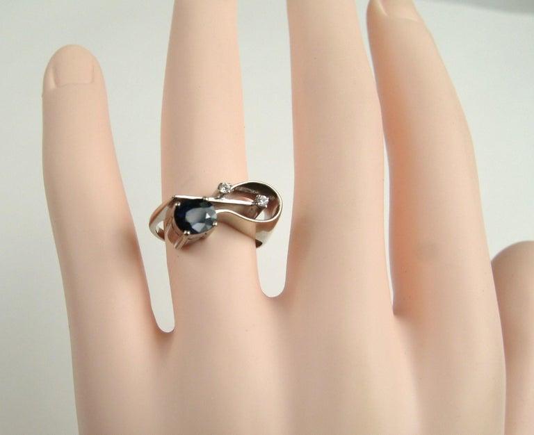 Women's 18 Karat White Gold Sapphire Diamond Modernist Ring For Sale