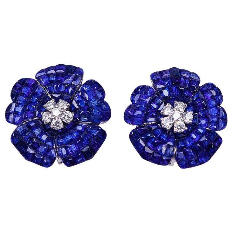18 Karat White Gold Sapphire Earrings For Sale
