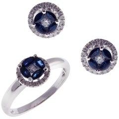 18 Karat White Gold Sapphire Small Circle Halo Stud Earring Ring Set