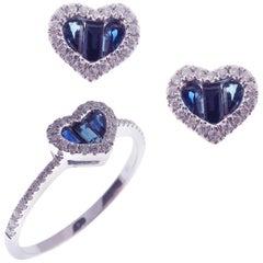 18 Karat White Gold Sapphire Small Heart Baguette Stud Earring Ring Set