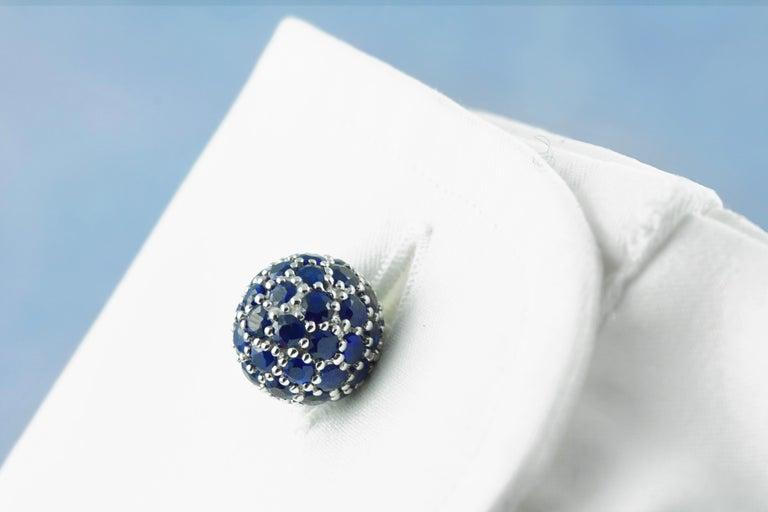 18 Karat White Gold Sapphires Cufflinks For Sale 1