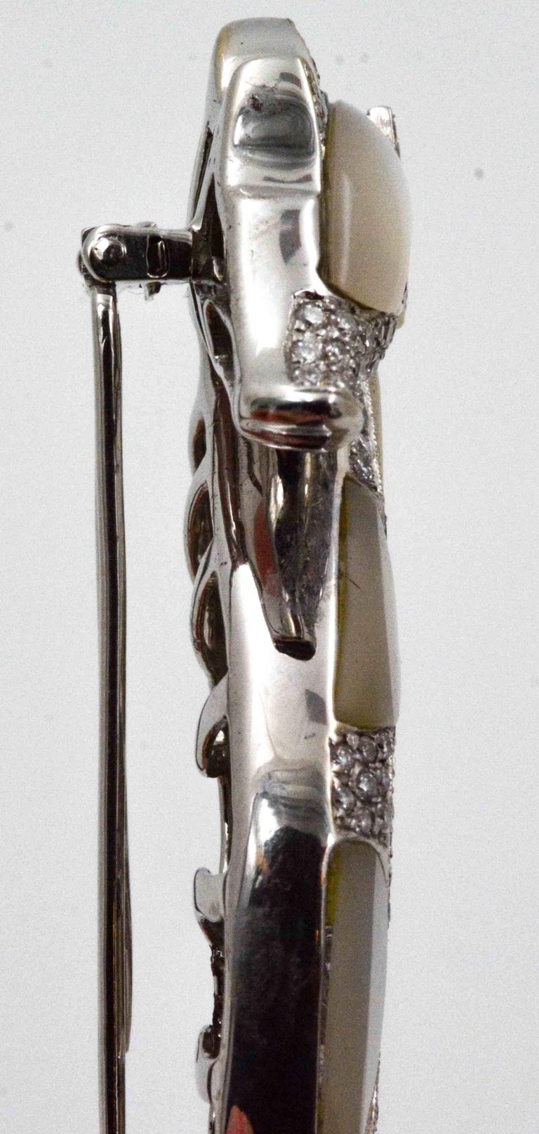 Modern 18 Karat White Gold Seahorse Abalone Shell 2.50 Carat Diamonds Brooch