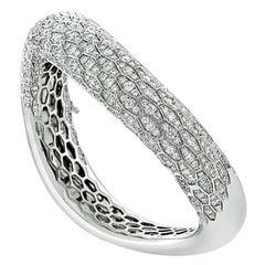 18 Karat White Gold Serpent Diamond Bangle Bracelet