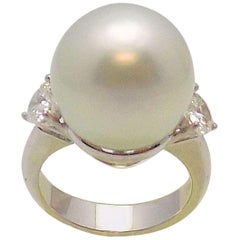 18 Karat White Gold South Sea Cultured Pearl and Diamond Ring