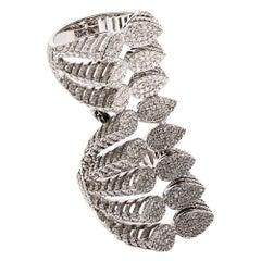 18 Karat White Gold Spine Diamond Eight Branches Ring