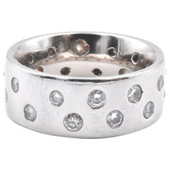 18 Karat White Gold Sprinkled Diamond Band