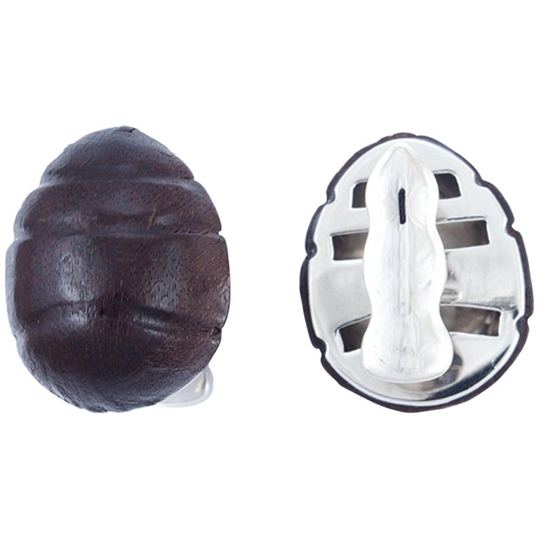 18 Karat White Gold, Sterling Silver and Leather Wood Ant Cufflinks For Sale