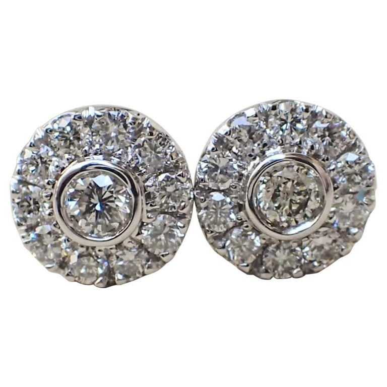 18 Karat White Gold Stud Earrings are Set with 0.42 Carat of Diamond For Sale