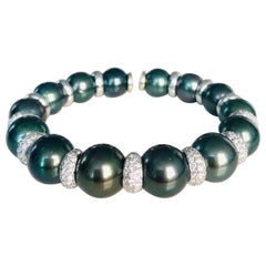 18 Karat White Gold Tahitian Pearl and Diamond Bangle Bracelet